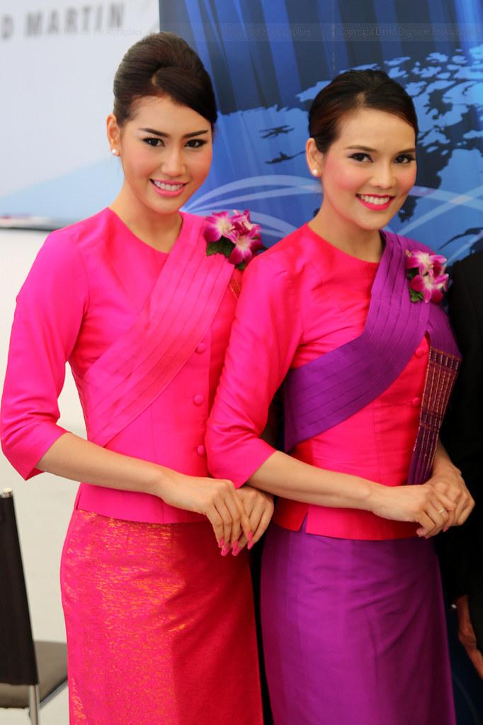 Stewardesses Thai Airways | totoro - David D. | Flickr