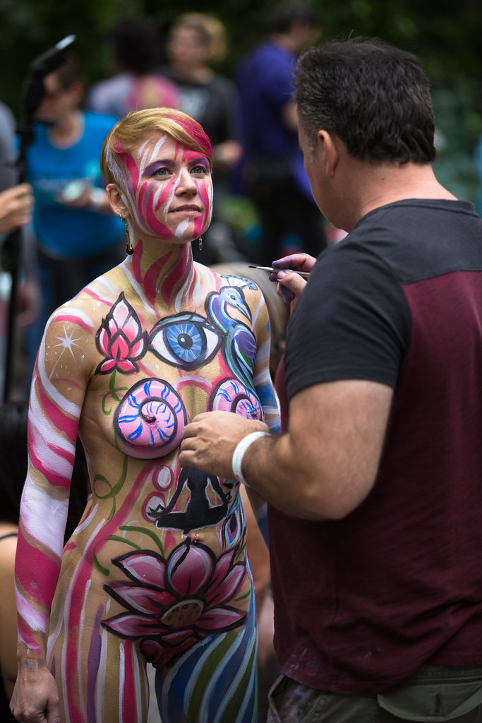 New York Body Paint Day 2014   30 artists painting 40