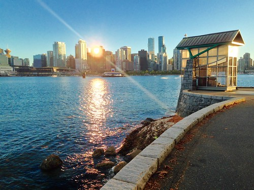 Stanley park, Vancouver   by BZ1028