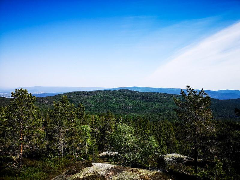15-Utsikt fra Nesfjell til Gunhildrudknatten