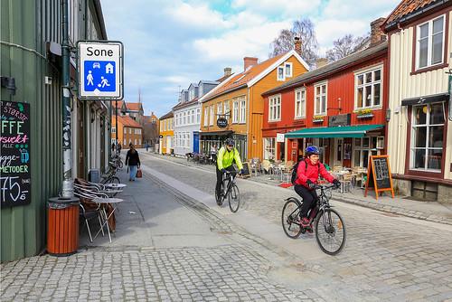 On a bicycle in Bakklandet