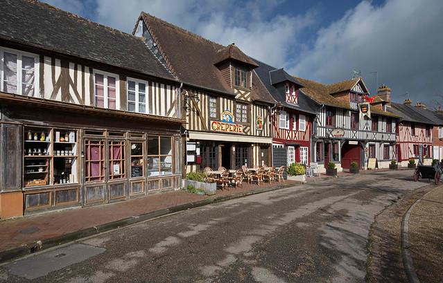 Beuvron-en-Auge (2)  -  Calvados