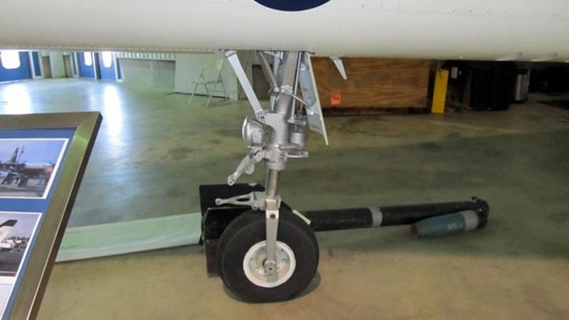 ノースロップYF-17コブラ6