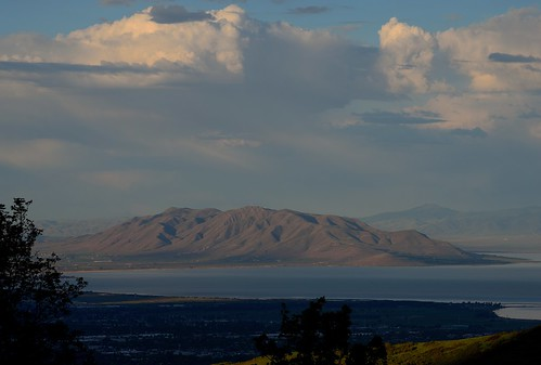 lake utah wasatch lakeshore provo utahlake lincolnbeach greatwesterntrail provocanyon westmountain lebarodea