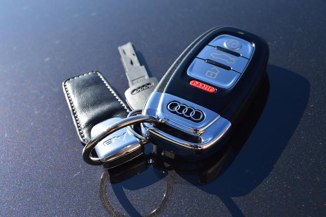 2012 Audi A8 L key fob