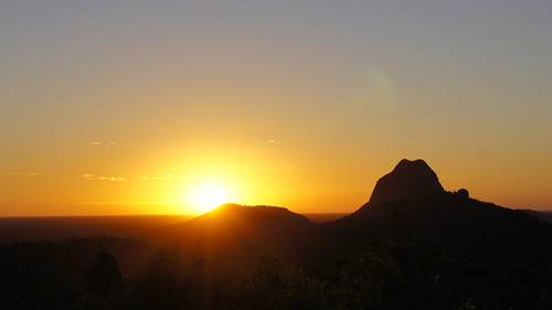 sunrise glasshousemountains