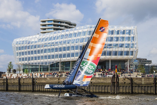 2015-05-08 Land Rover Extreme Sailings Series - Hamburg Port Anniversary (_MG_7474)