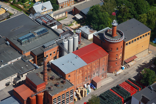 europe estonia aerialview special brewery eesti tartu estland alecoq photoimage sooc sonyalpha tartumaa sonyα geosetter geotaggedphoto nex7 фотоfoto year2016 selp18105g gpscalculator