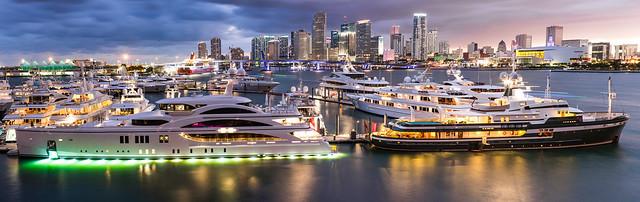 Island Gardens Deep Harbor Marina - Miami
