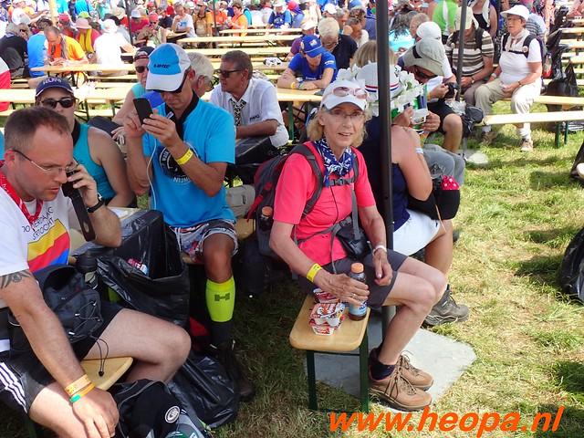 2016-07-21   3e  dag Nijmegen   40 Km  (130)