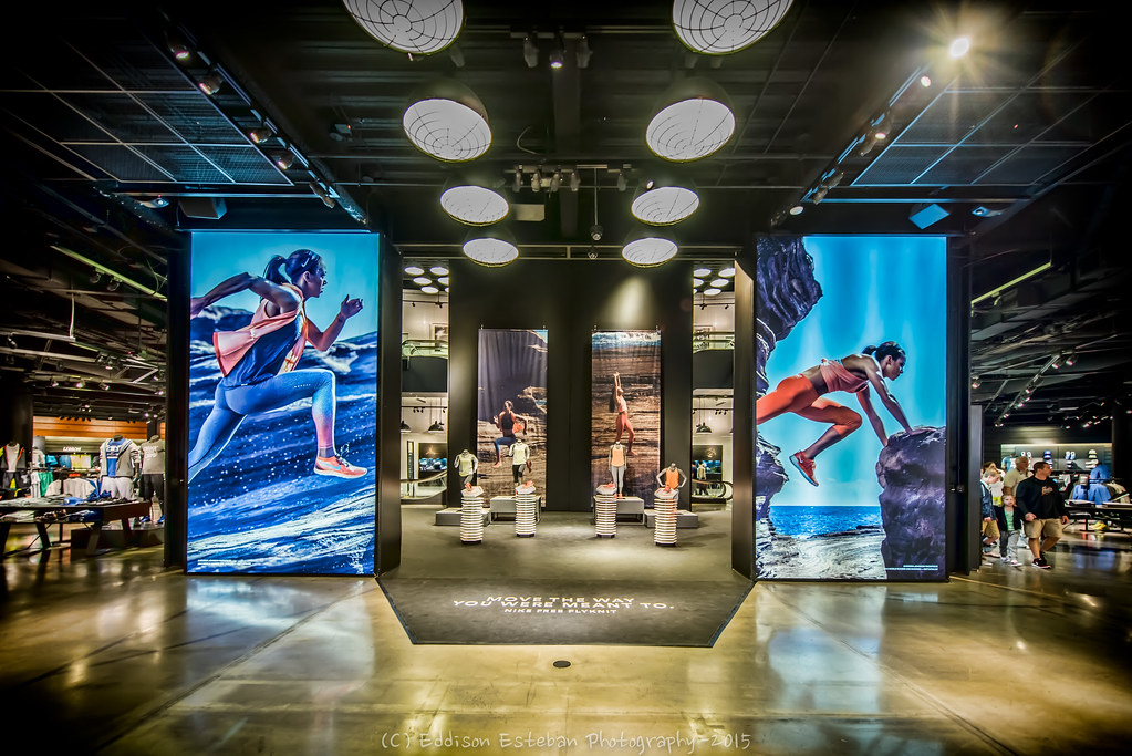 The Nike Store - Las Vegas | Located inside the Caesars Pala ...
