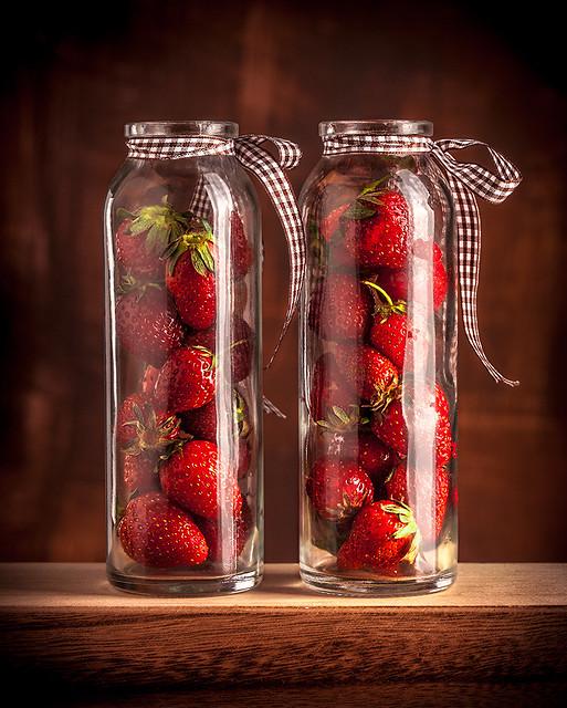 Strawberry 9889