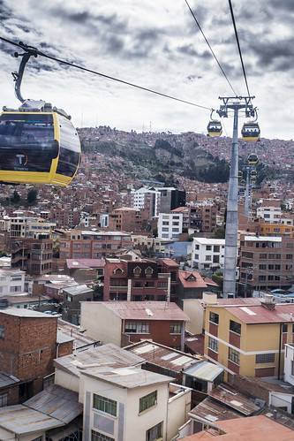 city houses mountain southamerica up clouds buildings la high paz overcast bolivia full flats cablecar lapaz compressed elalto highdensity