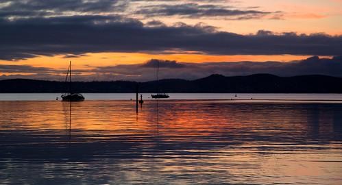 sky reflection water sunrise reflections easter boats tasmania hobart dss derwentriver explored