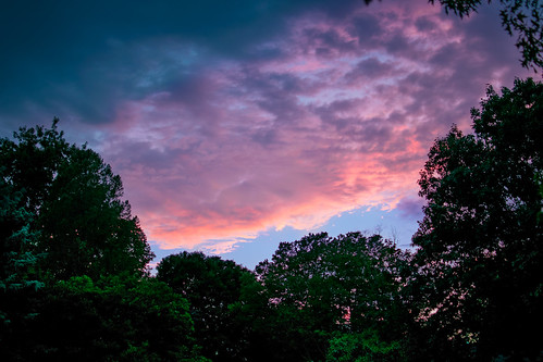 dusk pittsford rochester ny upstate sunset summer evening color beautiful trees sky clouds