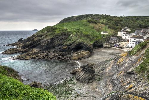 coast cornwall cliffs roselandpeninsula fishingvillages portloe cornishharbours cornishvillages