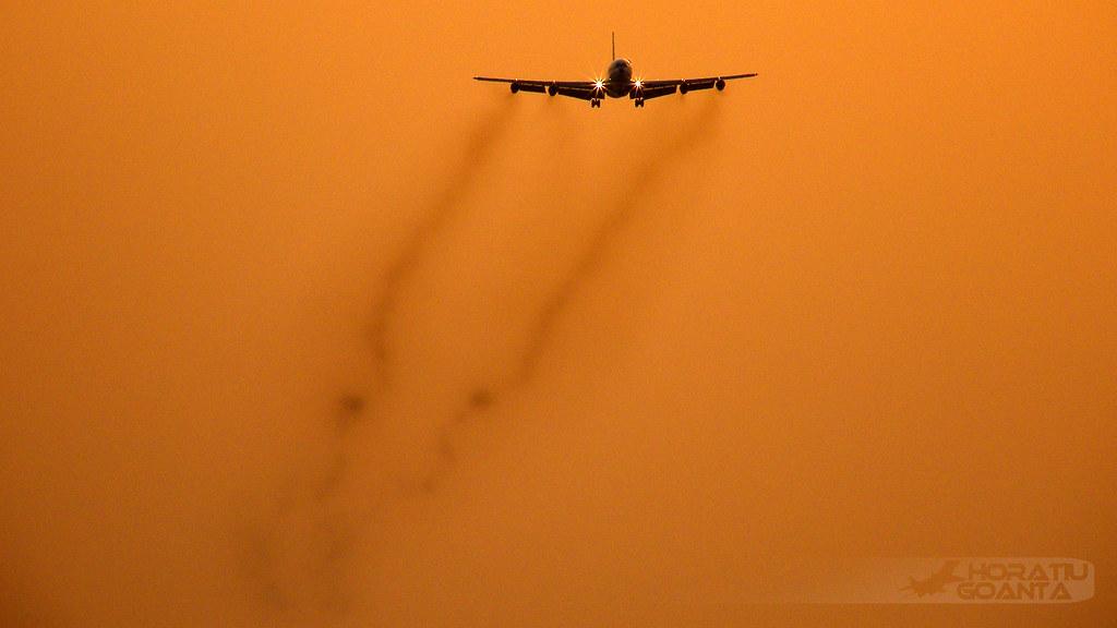 Boeing 707-3K1C YR-ABB Romavia | București Otopeni Henri Coandă ROT/LROP