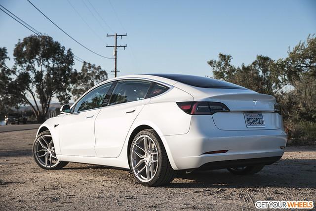 Tesla Model 3 - Stance SF03