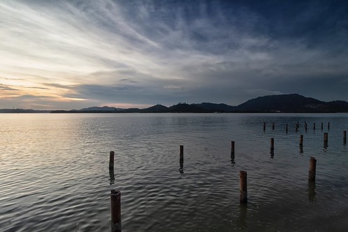 lumut sunset sundown travel place trip canon eos700d canoneos700d canonlens 10mm18mm wideangle perak malaysia sea water cloud