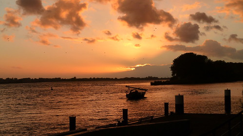 sunset night cloudy elbe