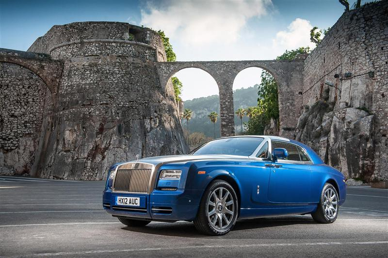 2014-Rolls-Royce-Phantom-Series_II-052-800
