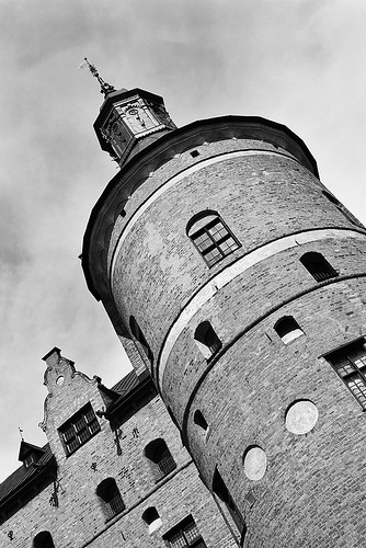 windows summer blackandwhite bw favorite cloud white inspiration black building brick tower castle scale window monochrome beautiful beauty up clouds composition canon photography eos grey mono photo nice scenery flickr afternoon view image cloudy sweden good bricks great scenic picture july overcast pic palace best most photograph scenary views frame imagination capture manor province greyscale mariefred 550d timlindstedt