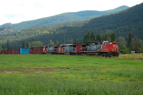 cn bc diesel okanagan locomotive armstrong