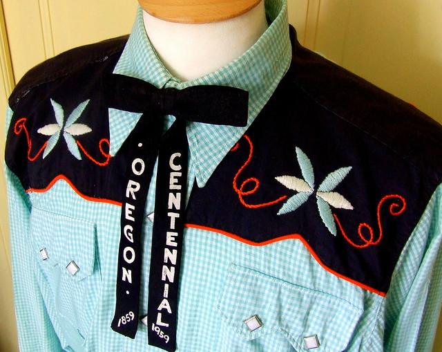 Vintage Western Shirt + Tie !