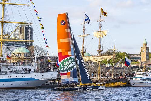 2015-05-08 Land Rover Extreme Sailings Series - Hamburg Port Anniversary (_MG_7767)