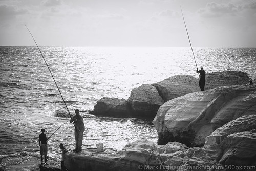 israel safed acre catch fishermen shadows silhouettes sunset northdistrict il
