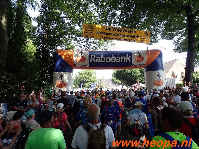 2016-07-21   3e  dag Nijmegen   40 Km  (101)