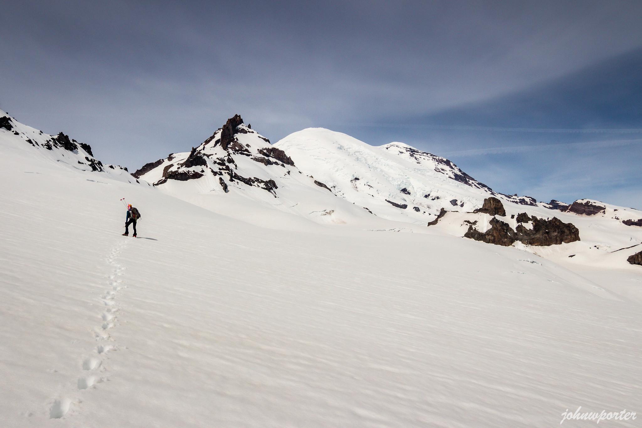 Crossing Fryingpan Glacier