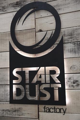 Enseigne Stardust_retroeclairé_wsc