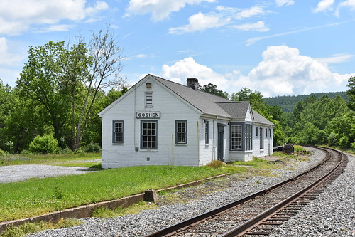 goshen trains railroad depot csx station