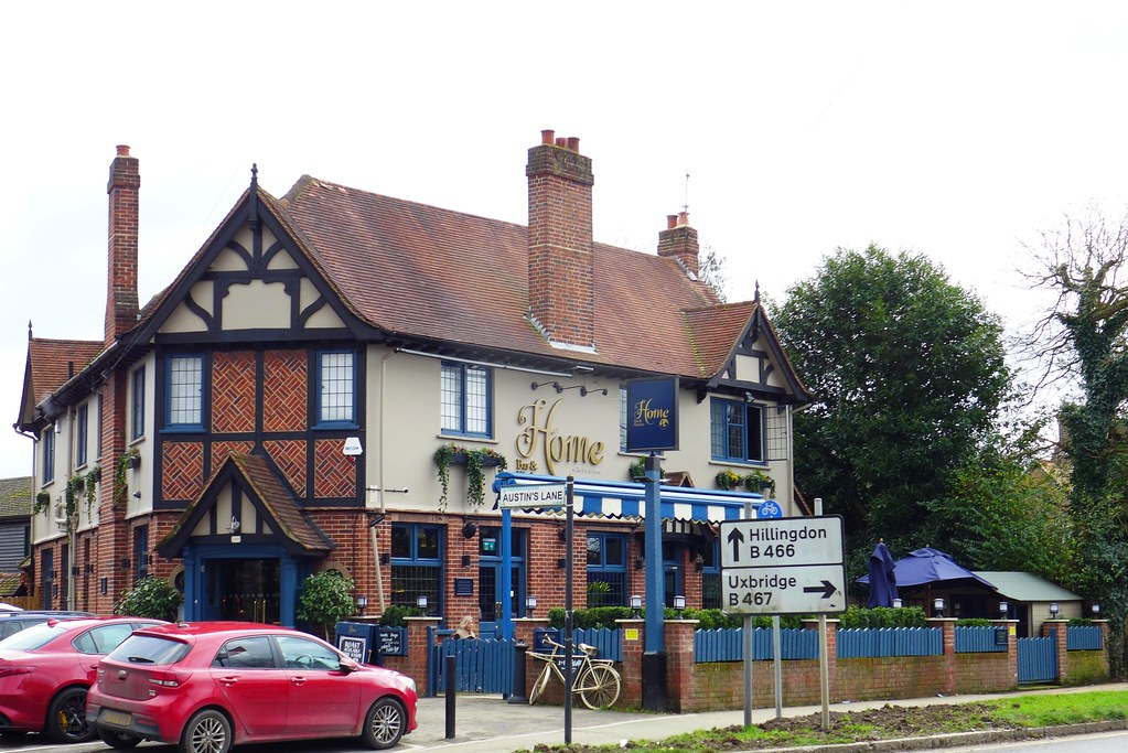 Home Bar And Kitchen Ickenham Ub10 A Pub Near The Centre Flickr