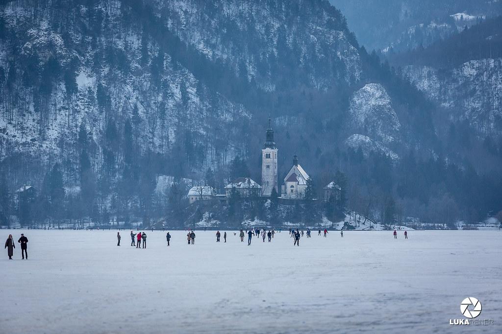 Zamrznjeno Blejsko jezero