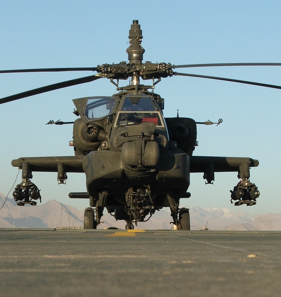 AH-64D Apache 05-07011 2-159Avn U.S.ARMY. Tarin Kowt, Afghanistan. December 2009.