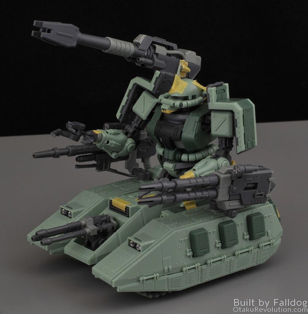 Motor King - 1-100 Zaku Tank Review 11