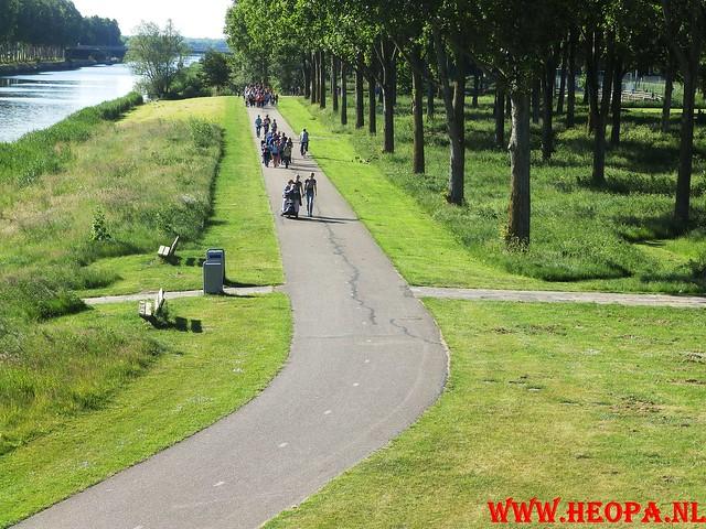 2015-06-04           3e dag      Almeerdaagse     25.5 Km (70)