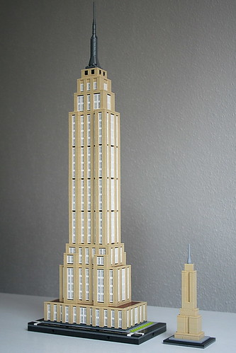 LEGO Empire State Building 4