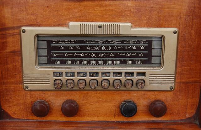 Radio Dial0930