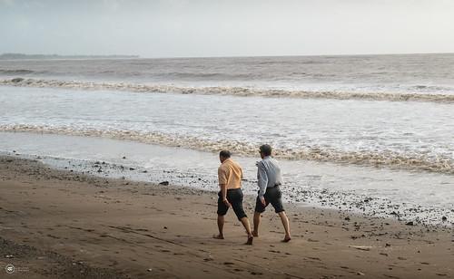 beach dahanu dahanubeach beachlife business people