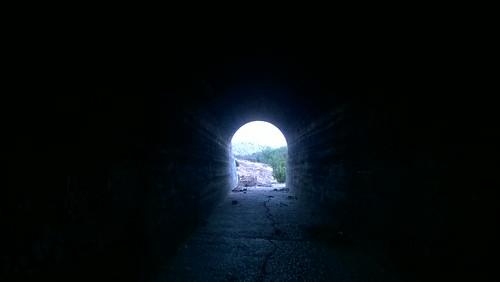 El túnel by Gabriel (flickr)