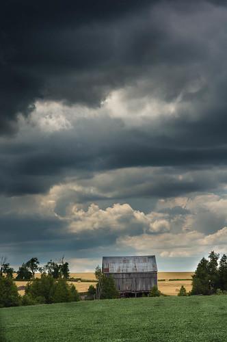 clouds barn storm summer erin ontario canada