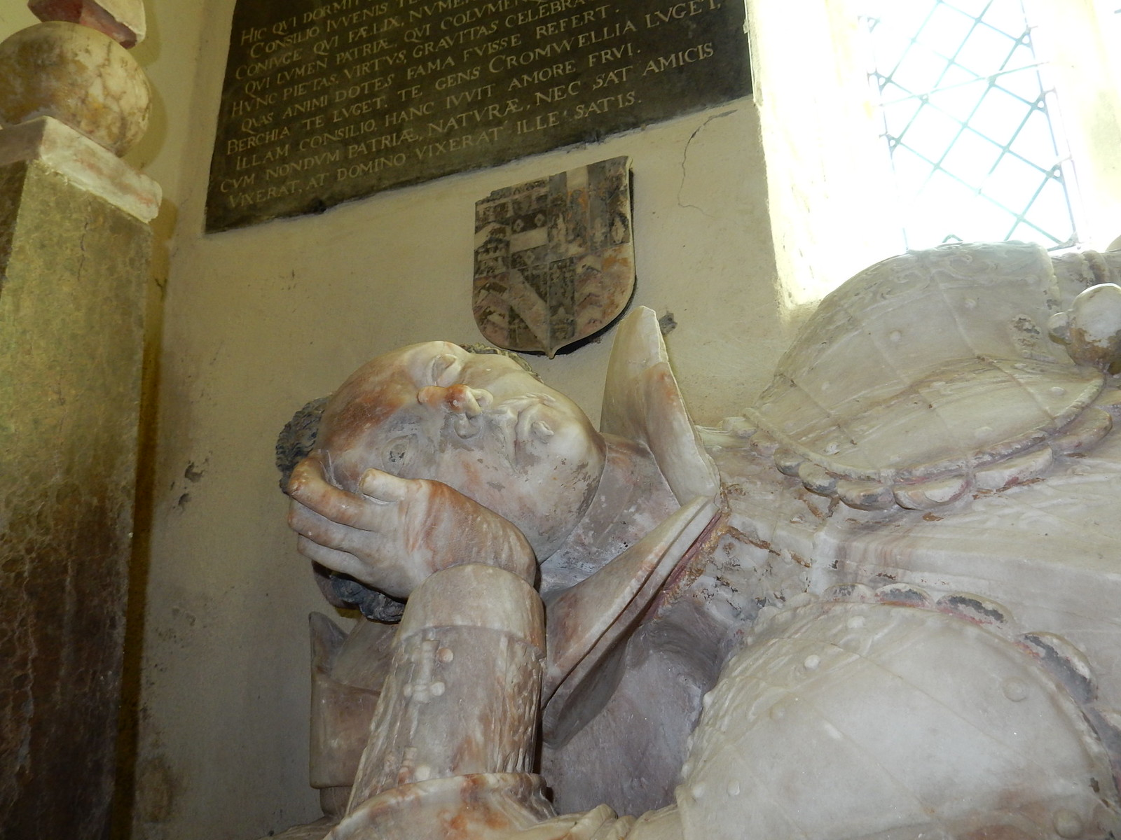 One eye open The Dunch tomb, Little Wittenham Church Didcot Circular,