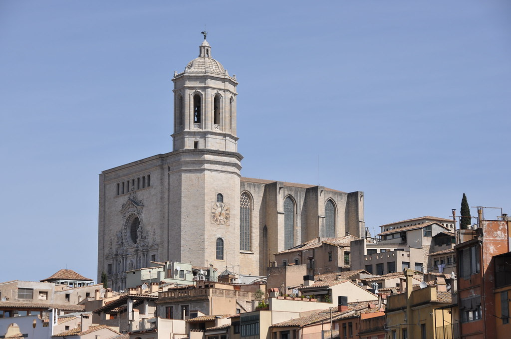 Girona. Cathedral church of Saint Mary. Gothic nave 14th-16th. C. Bell tower and façade 17th-18th C.