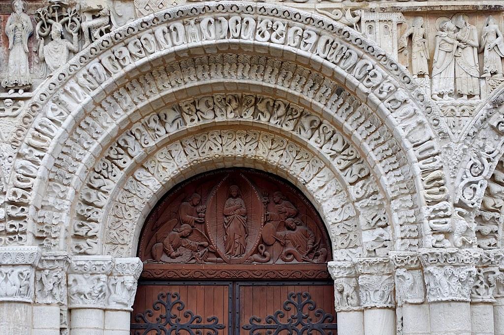 Eglise Notre Dame La Grande Poitiers Poitou Charentes F Flickr