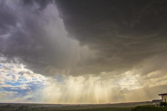 051715 - Afternoon Nebraska Thunderstorm