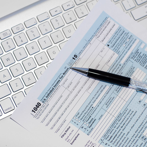 E-Filing Your Income Tax Returns - 1040 Form | by HloomHloom