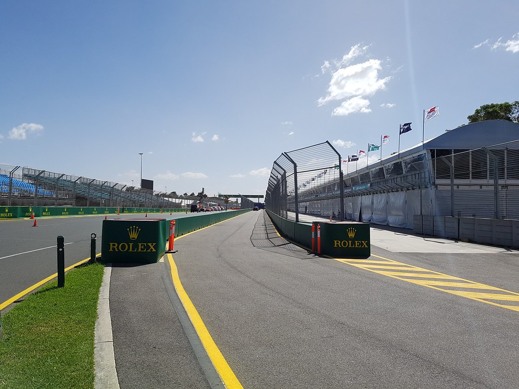 Melbourne Grand Prix Circuit - Pit Entrance | The pit entran
